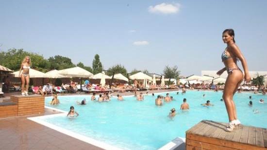 Top piscine din Chișinău conform recenziilor Foursquare