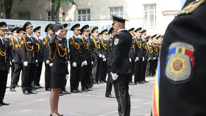 190 de viitori poliţişti au avut astăzi festivitatea de absolvire