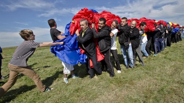 (foto) Tricolorul României în cartea Guiness!
