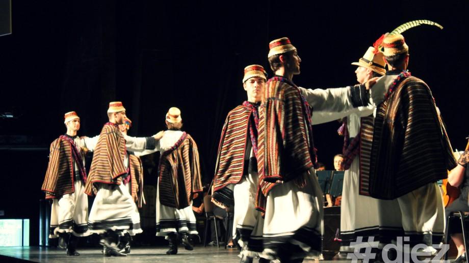 (foto) Pe scena Ionesco se dansează românește!