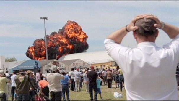 (video) Show aviatic cu un sfârșit tragic