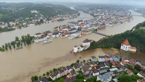 (VIDEO) MAE a emis atenţionări de călătorie pentru Ungaria și Cehia din cauza inundaţiilor