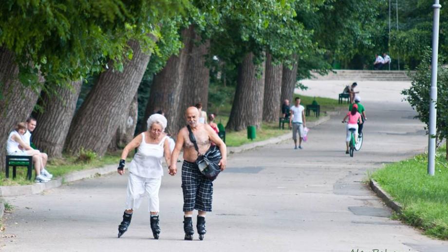 Ce fac oamenii în parc? – proiect de fotografie