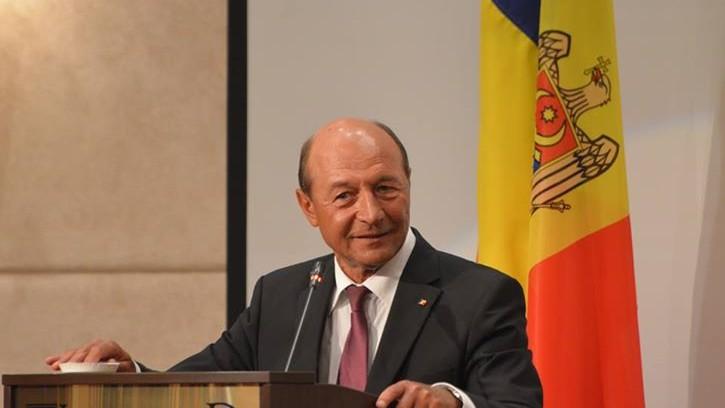 Băsescu l-a invitat pe Ricky Ardezianu să cânte la botezul nepoatei sale