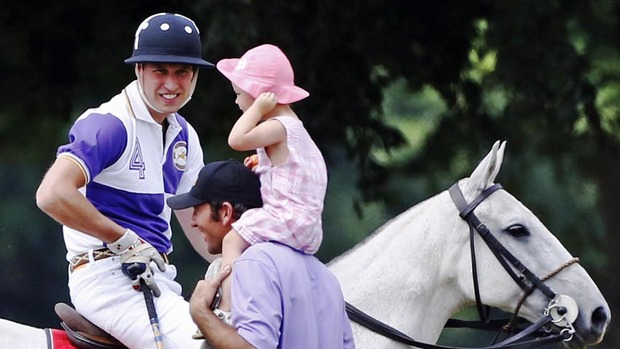 Presa britanică anticipa că primul copil a cuplului regal se va naşte duminică