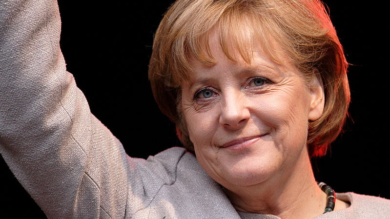 Angela Merkel a făcut primii pași în campania electorală