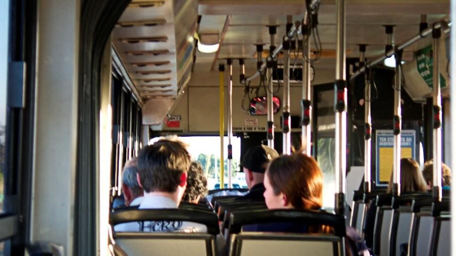 Amenzi mai mari pentru cei care transportă ilicit pasageri