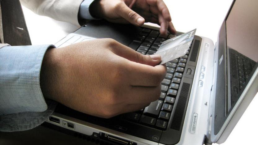 """Se lansează un nou serviciu destinat contribuabililor – """"e-Factura"""""""