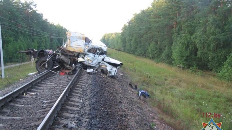Trenul Chișinău-Sankt-Petersburg s-a ciocnit cu un camion în Belarus