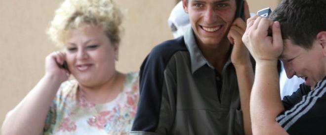 La 100 de locuitori ai R. Moldova revin 120 de cartele SIM