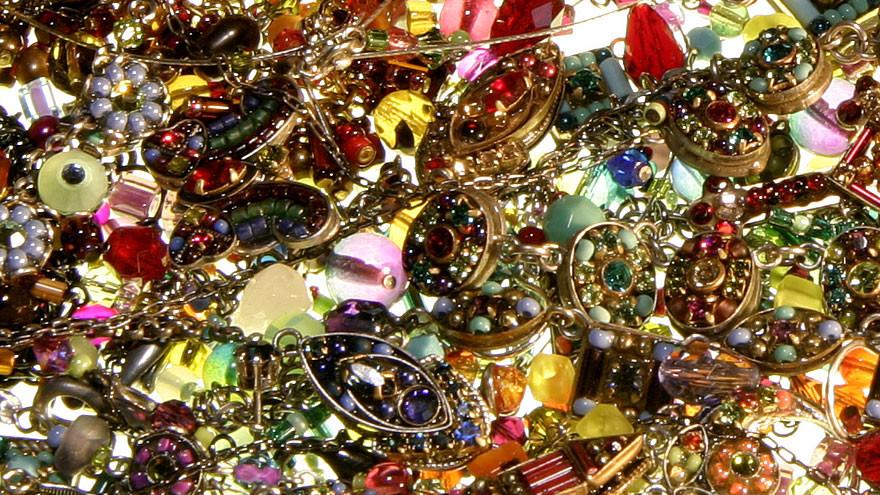Furt de bijuterii pe Riviera franceză