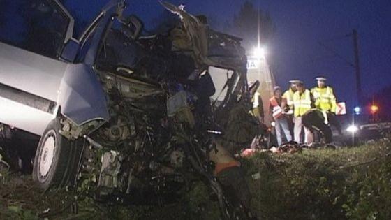 Opt tineri au murit în această noapte într-un accident pe șoseaua Muncești