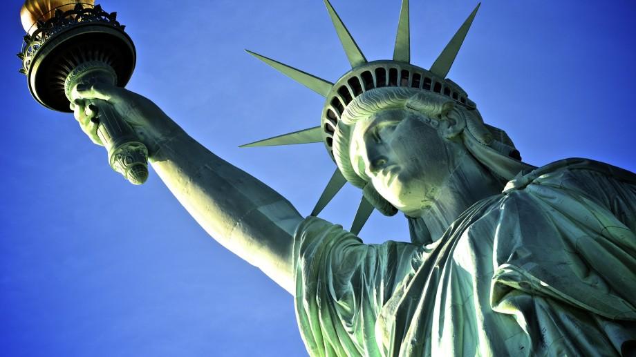 Românii vor în SUA și Canada fără vize