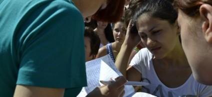 ADMITERE 2013: 637 locuri libere pentru studenţii moldoveni la universităţile din România