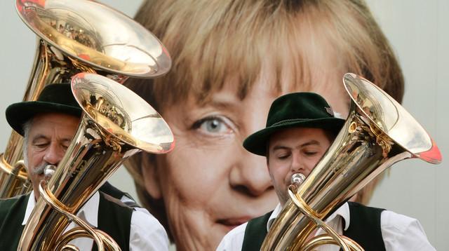 Merkel câștigă în Bavaria cu o săptămână înaintea alegerilor