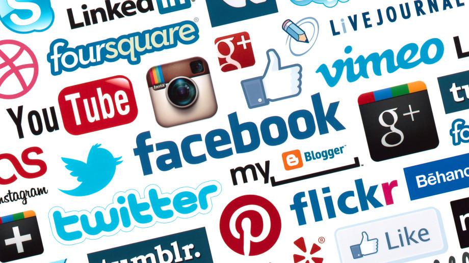 Cursuri despre social media și securitate online
