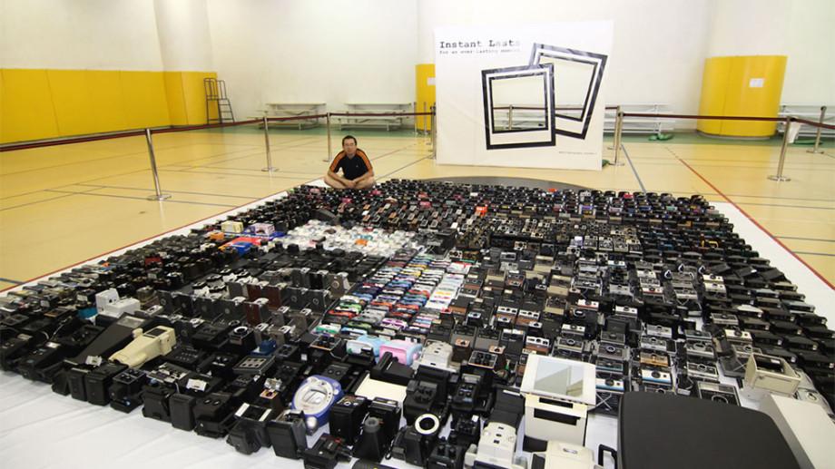 Colecția de camere foto înscrisă în Guinness Book