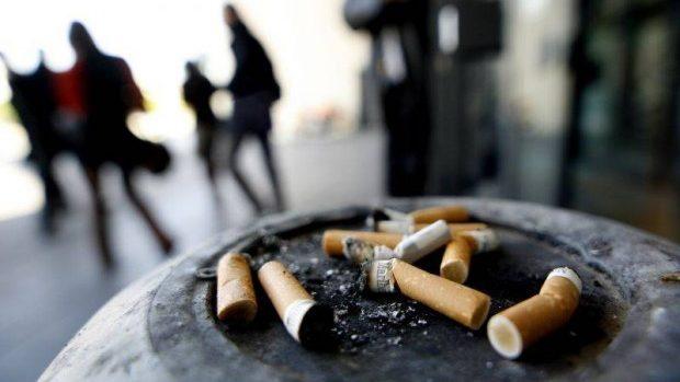 Fiecare al doilea moldovean începe să fumeze până la 19 ani