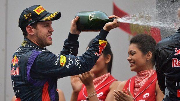 Sebastian Vettel câștigă al 4-lea titlu de F1 consecutiv