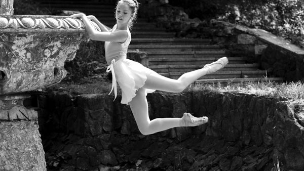 (foto) În căutarea balerinei de la Valea Morilor