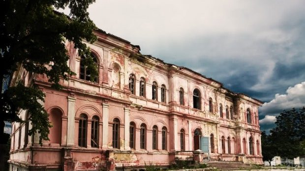 (foto) 2,2 mililoane de euro pentru restaurarea conacului Manuc Bei