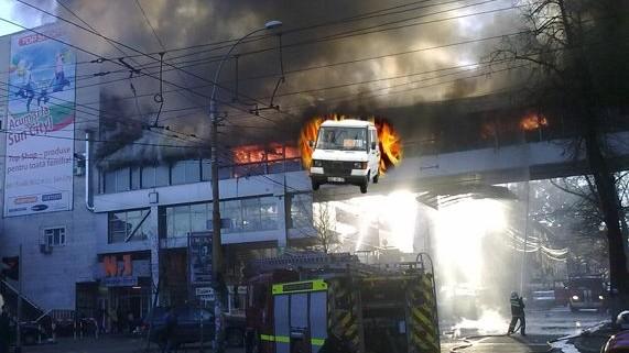 (foto) Cum a fost văzut pe Facebook incendiul de la Sun City v. 2013