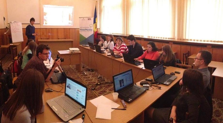 Aplică pentru a organiza un training social media în localitatea ta