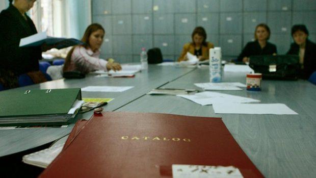 La angajarea în instituțiile de învățământ persoanele vor prezenta cazierul juridic