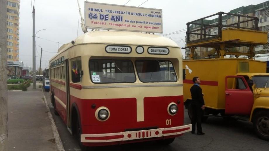 (foto) Primul troleibuz din Chișinău e pus azi din nou în circulație
