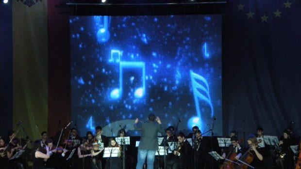 (foto, live) Gala Premiilor pentru Tineret