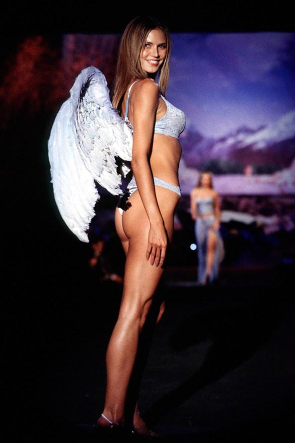 Heidi-Klum-Victorias-Secrets-Feb99-vogue-7nov13-Getty_b_592x888
