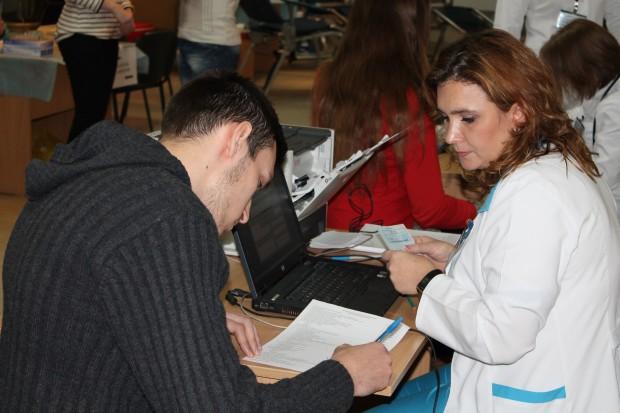 Înregistrarea donatorilor voluntari. USM-ul donează sânge!
