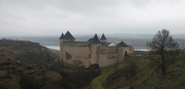 (foto) Redescoperă Bucovina: Cetatea Hotin, a şaptea minune a Ucrainei