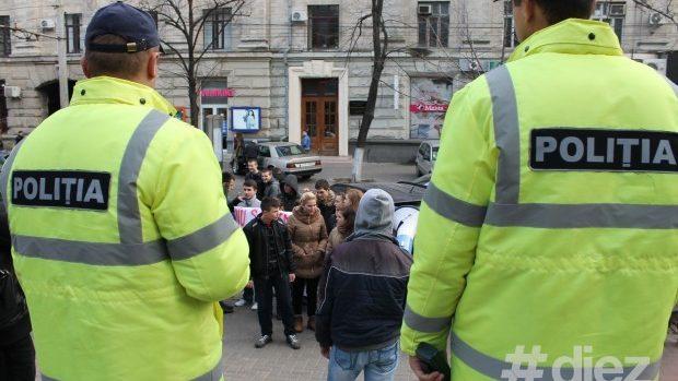 (foto,video) Elevii protestează – nu vrem metode gestapo la BAC!