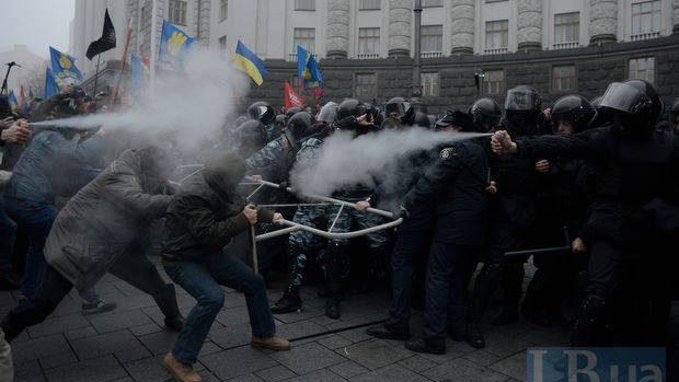 """(foto,video) Sinteza protestelor din 24 noiembrie: """"Nu mi-e frică de #euromaidan"""""""