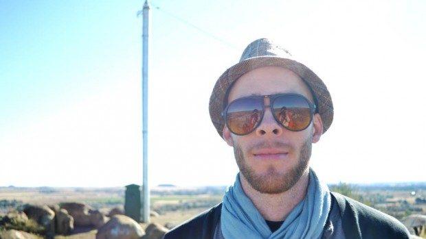Ryan Eric Lamb, tânărul care vrea să trimită poezii în orice colț al lumii