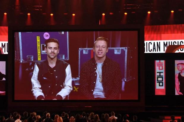 Macklemore & Ryan Lewis/The Heist PC:today.com