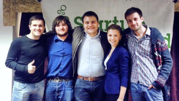 O echipă de tineri moldoveni a câștigat Startup Weekend-ul din România