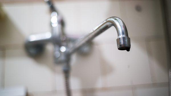Mai mulți locuitori din Chișinău vor rămâne astăzi fără apă la robinete. Care sunt adresele vizate