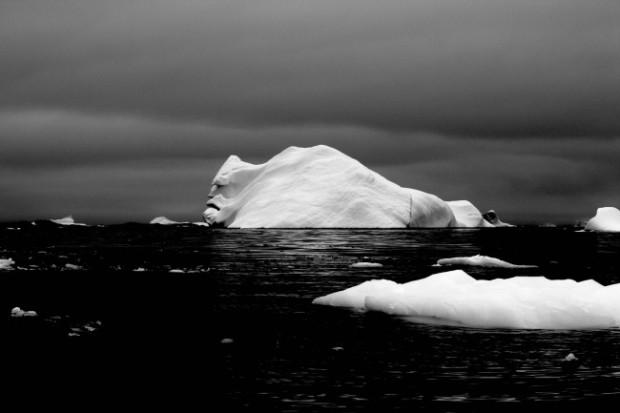 """""""Fața aisbergului"""" Fotografia a fost făcută de către utilizatorul strummingmusic în timpul expediției în Antarctica PC: Adme.ru"""