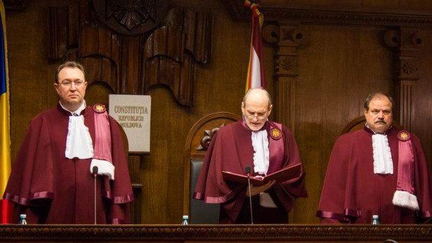 Ce, de fapt, a decis Curtea Constituțională pe 5 decembrie 2013?