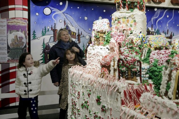 Gingerbread Lane este expus în muzeul de la New York PC: nysci.org