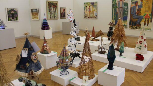 """(foto) La Chişinău a fost lansată """"Expoziția Brazilor de Crăciun"""""""