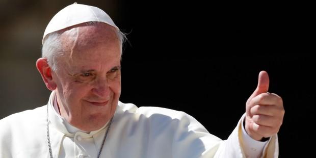 Papa Francisc a fost în tinerețe portar la o discotecă