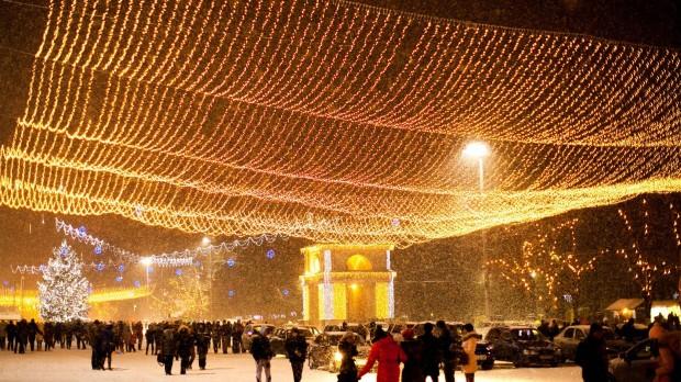 (foto) Cum arată Chișinăul acoperit de prima zăpadă din această iarnă