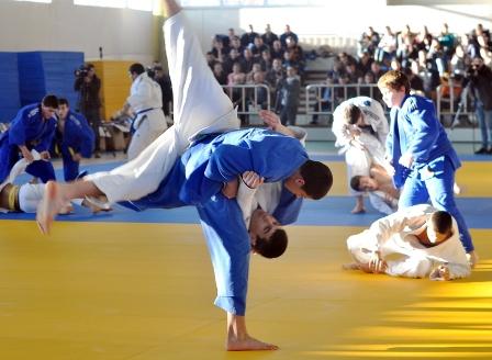 f3,judo,Japonia,04_12_1A033521C4394A40A967E44DA9C19F00