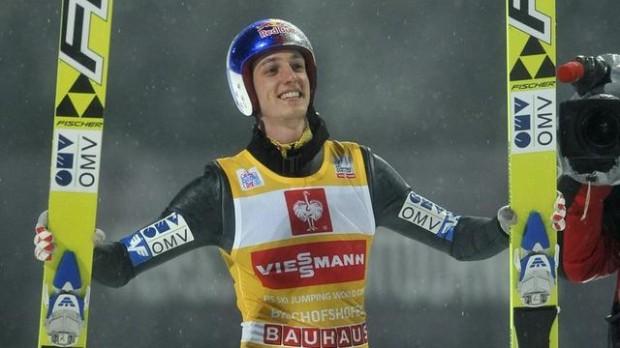 Sărituri cu schiurile: Schlierenzauer obține prima victorie la Cupa Mondială din acest sezon