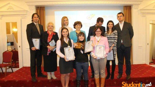 (foto) O studentă de la USM este cel mai bun tânăr orator al anului 2013