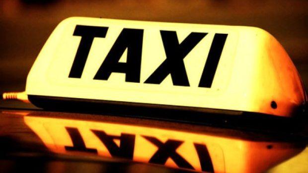 Prețul la taxi în seara de Revelion ar putea fi de două ori mai mare