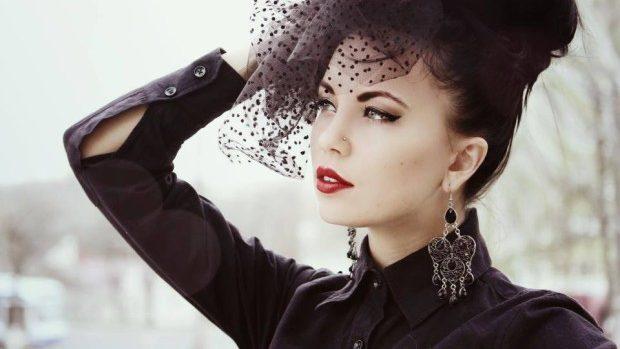 (foto) Adela Prisăcari va reprezenta Moldova la Miss Tourism International 2013